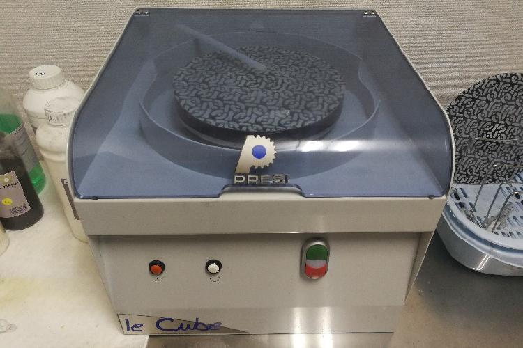表面組織検査用研磨機